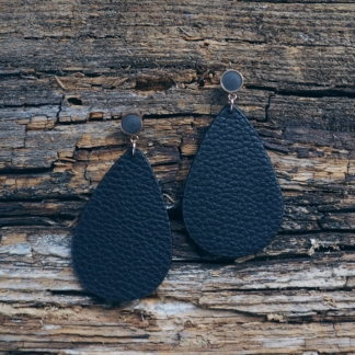 Beton-Ohrhänger schwarz