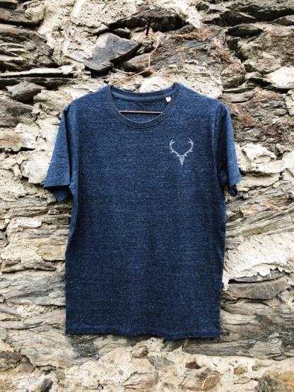 t-shirt-hirsch-dunkelblau